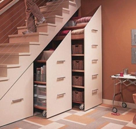 Creative-Modern-Storage-Design-Ideas-Under-Wooden-Staircase